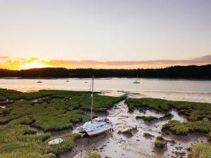 Skulker sunset over the river